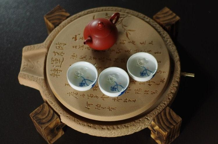Yixing Zisha Clay Pottery Tea Tray Displaying And Serveing Tea Tea Tray Handicraft Chinese Kung-Fu Tea Set Chinese Teaism Practice.